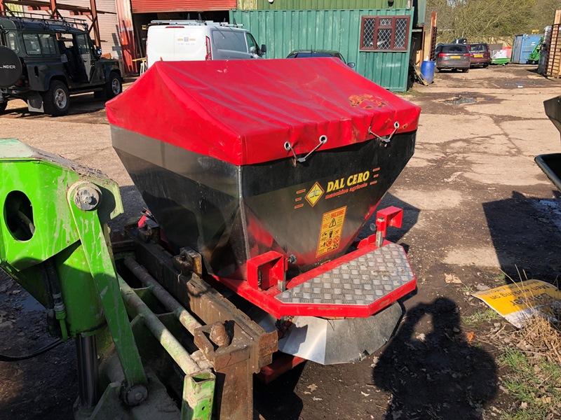 Lot 27 - DW Tomlin Dal Cero tractor mounted PTO driven salt spreader