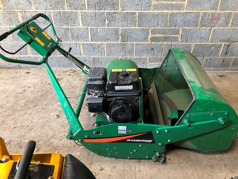 Lot 11 - Ransomes Mastiff 91 pedestrian cylinder mower with collector and Briggs and Stratton 9.0 hp petrol