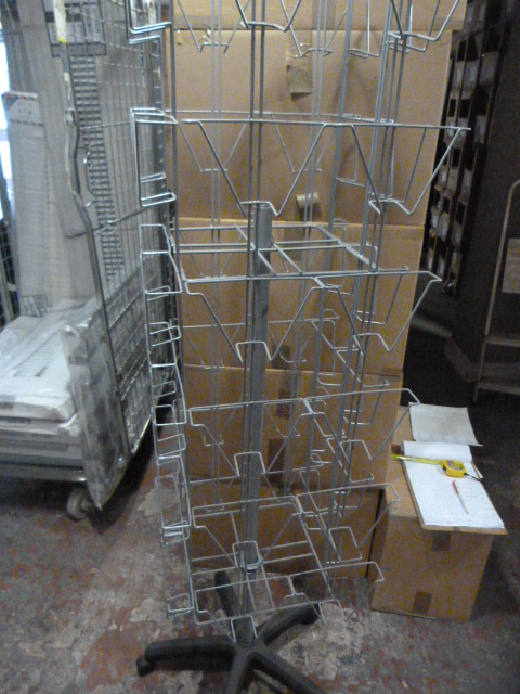 Lot 42 - *Rotating Greetings Card Display Rack