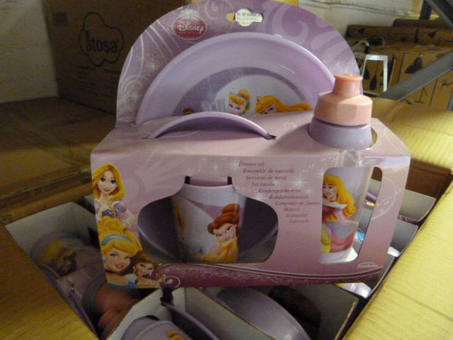 Lot 49 - *Box of 12 Four Piece Disney Princess Dinner Sets