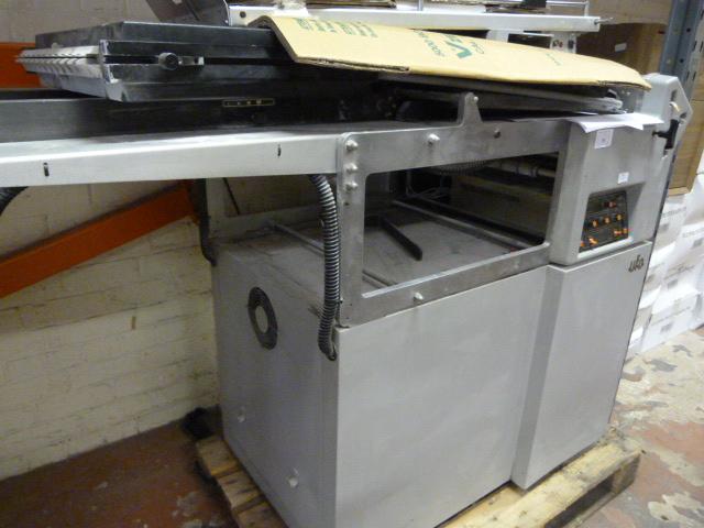 Lot 54 - *UFO Morgana Folding Machine