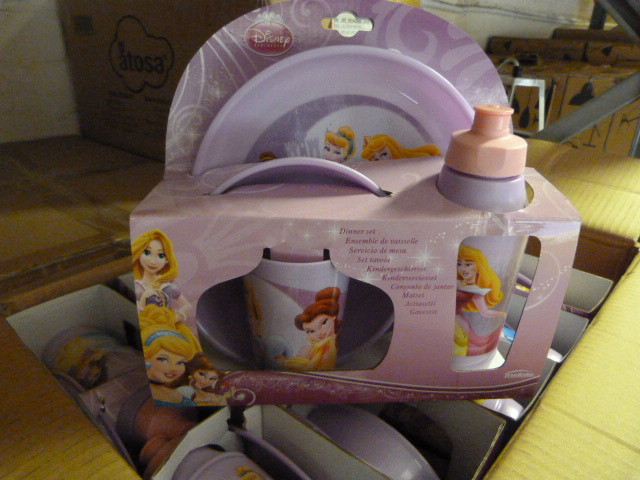 Lot 50 - *Box of 12 Four Piece Disney Princess Dinner Sets