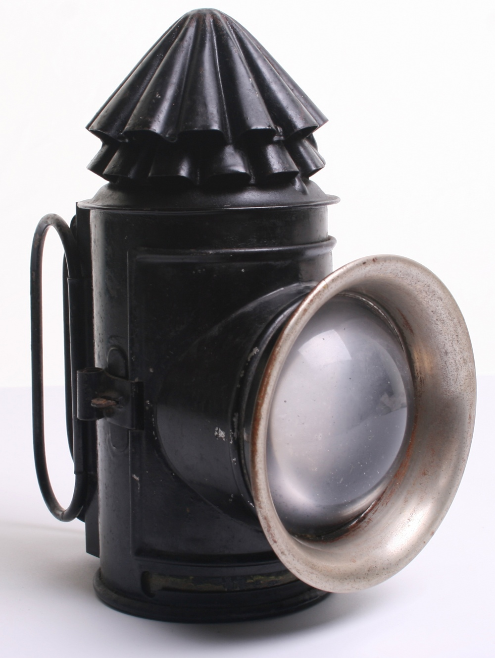 """Victorian Police """"Bullseye"""" Lantern, two stack chimney lantern, in very good condition, no makers"""