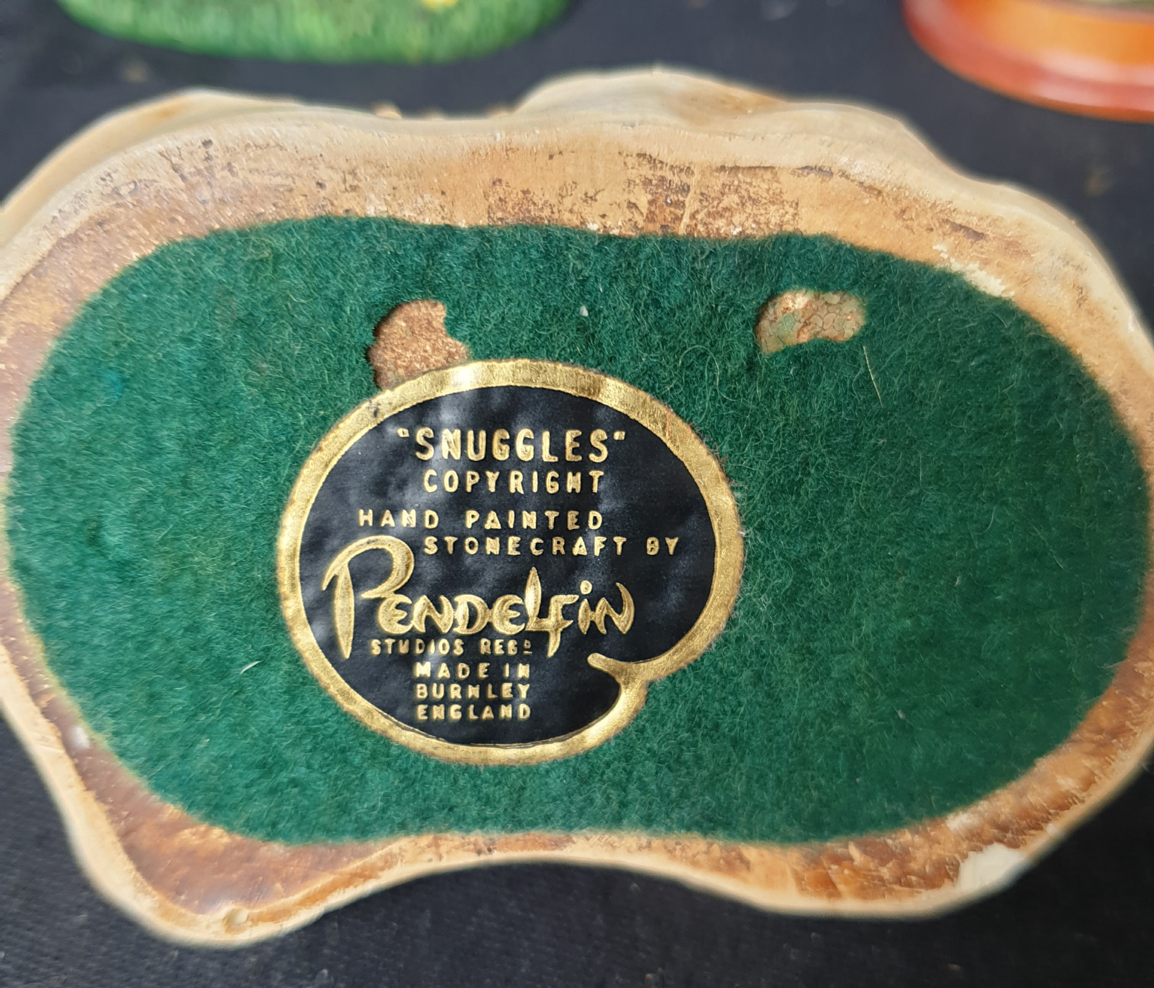 Vintage Parcel of Figures Includes Pendelfin Snuggles - Image 2 of 2