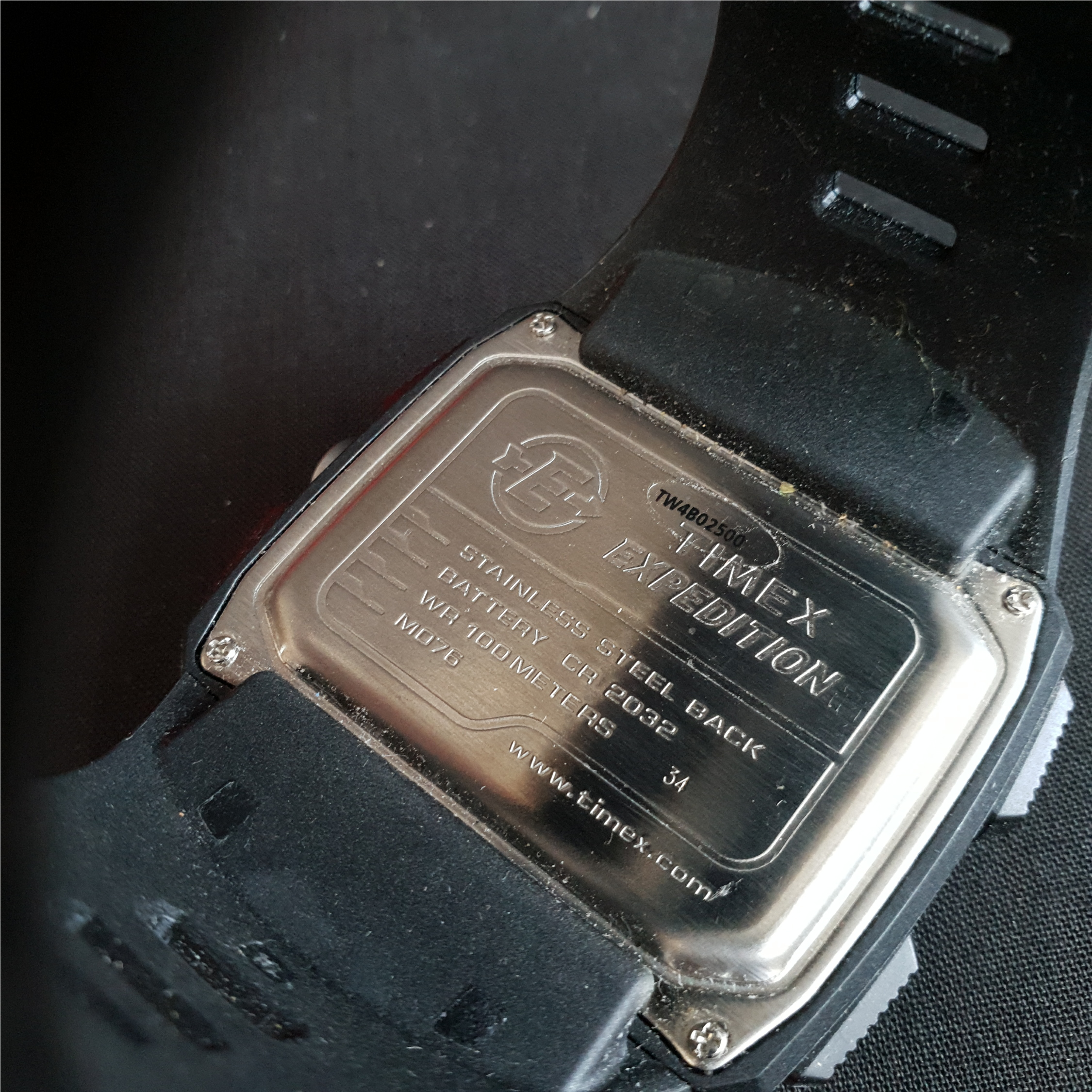 Collectable Timex Expedition Wrist Watch TW4B02500 - Image 4 of 4