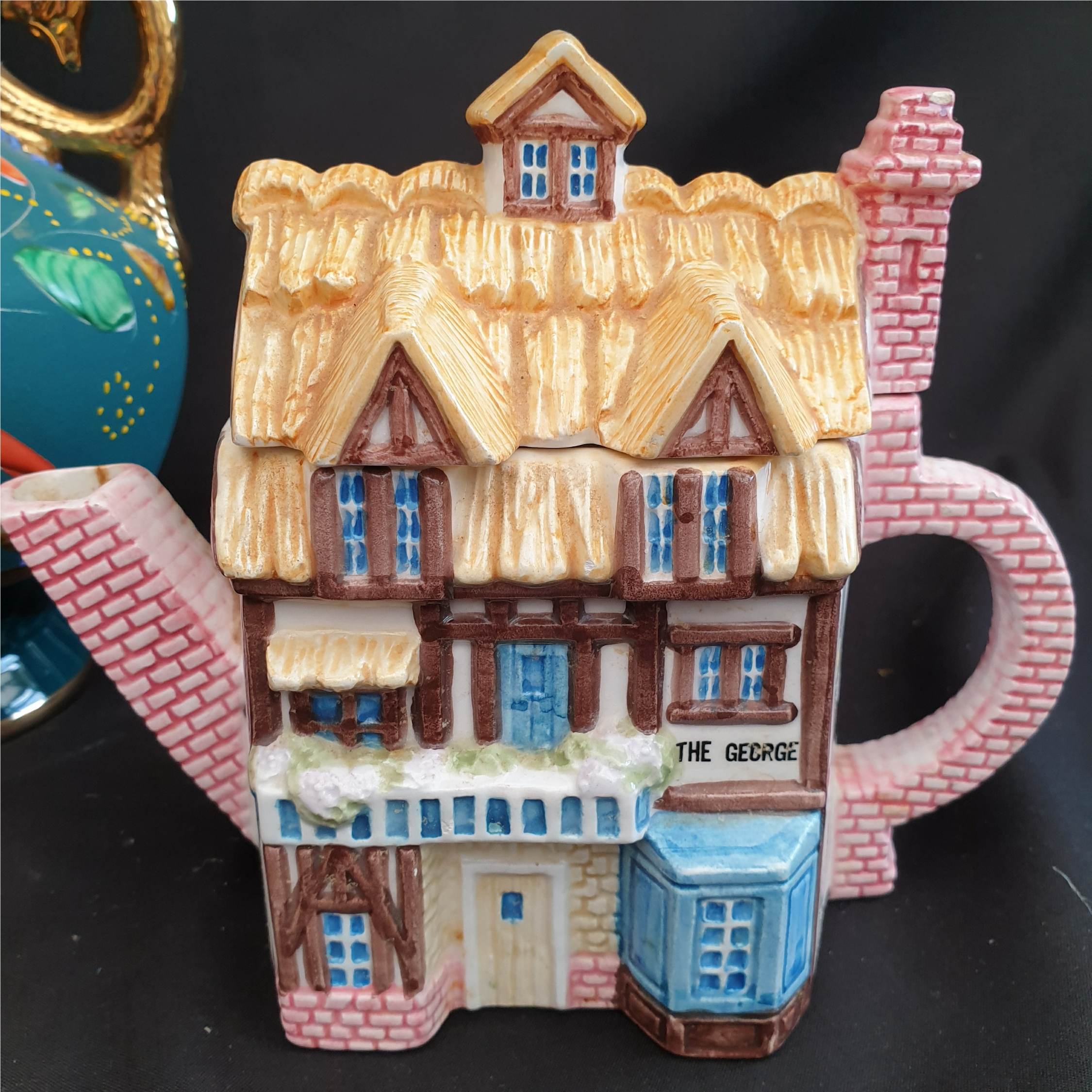 Vintage Parcel of Ceramics Includes Novelty Tea Pots - Image 3 of 5