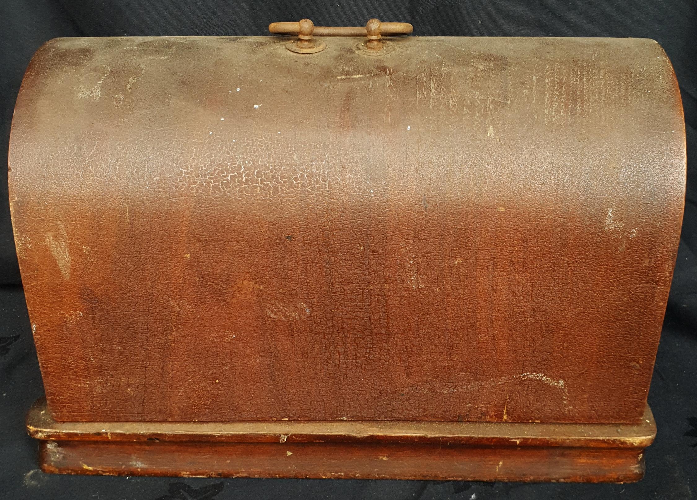 Antique Vesta Sewing Machine In Original Case - Image 3 of 3