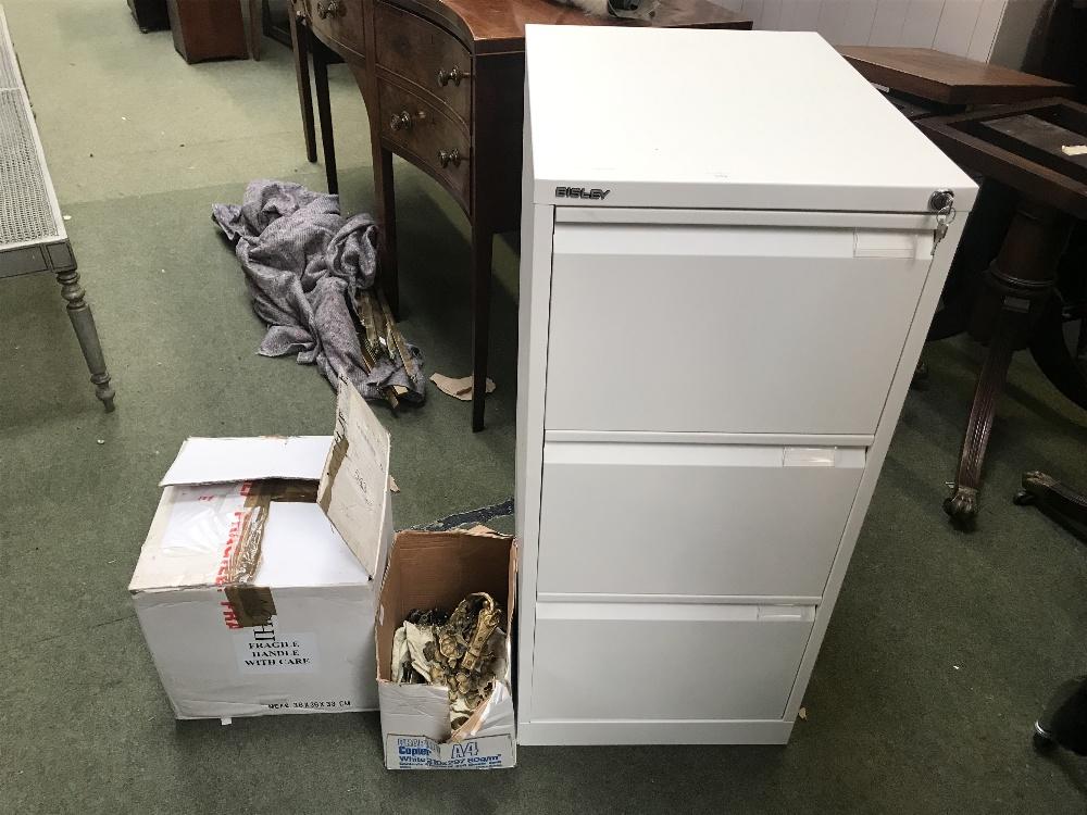 Lot 898 - Modern 3 drawer Bisley filing cabinet