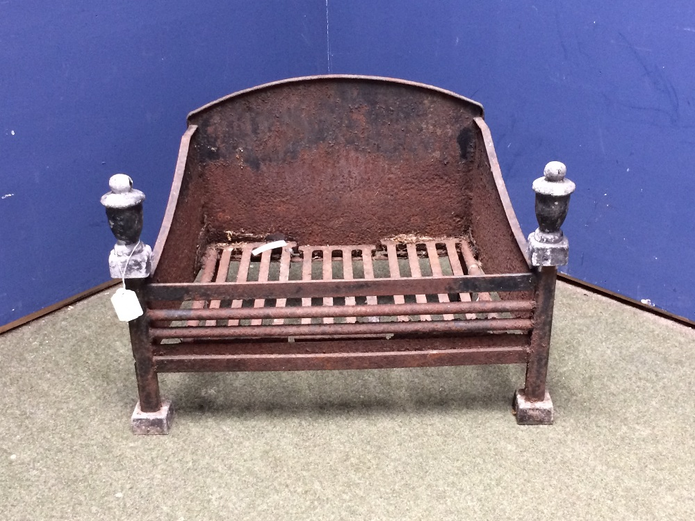 Lot 237 - Large 1920's fire grate