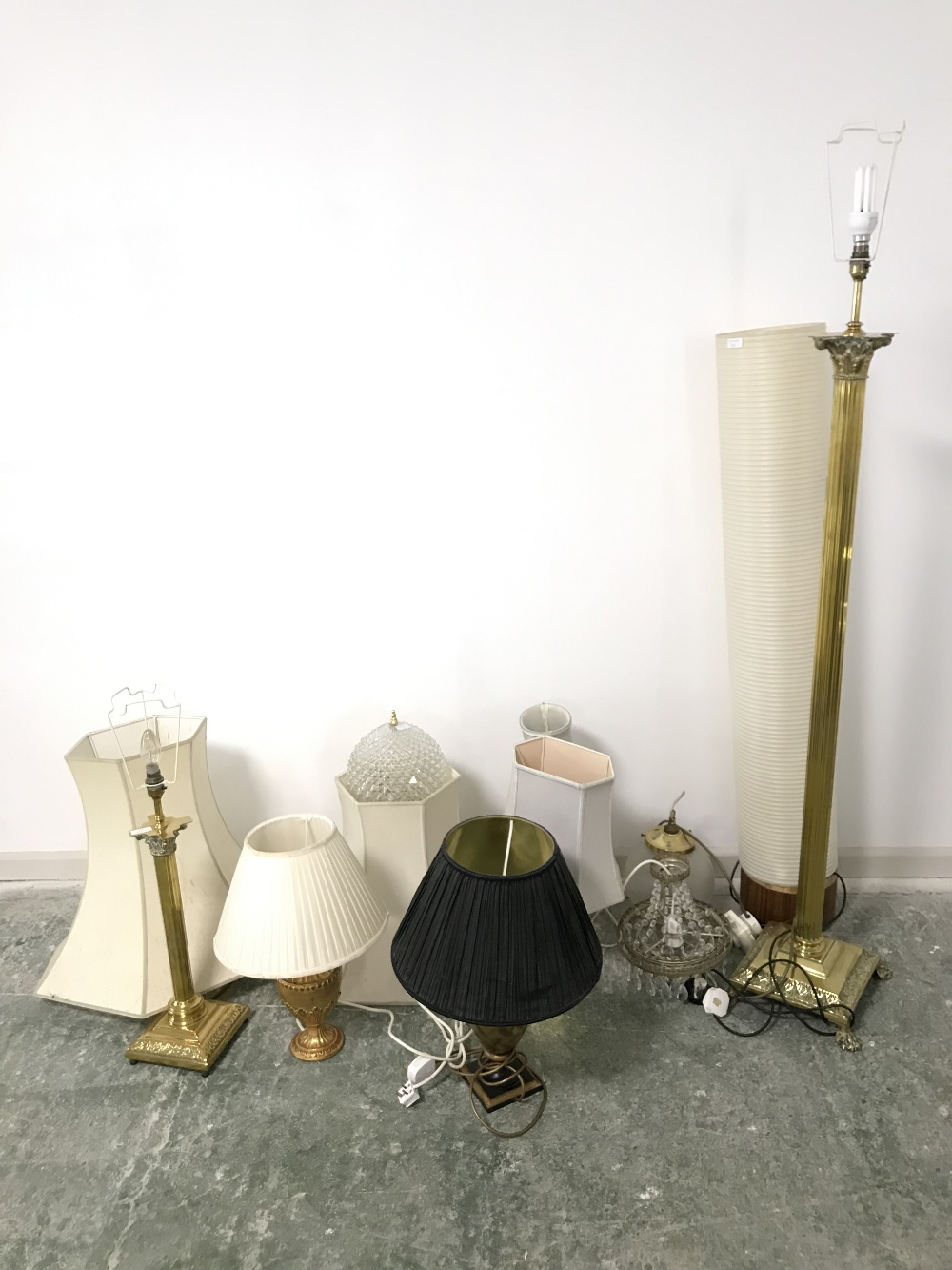 Lot 29 - Brass standard lamp, a tube floor light & various assorted table & ceiling lights