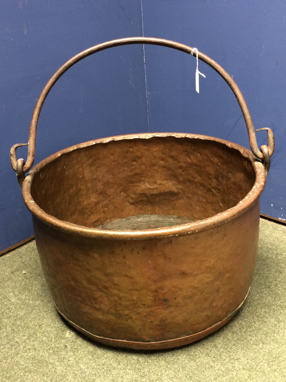 Lot 218 - Large copper jardiniere with hooped carrying handle