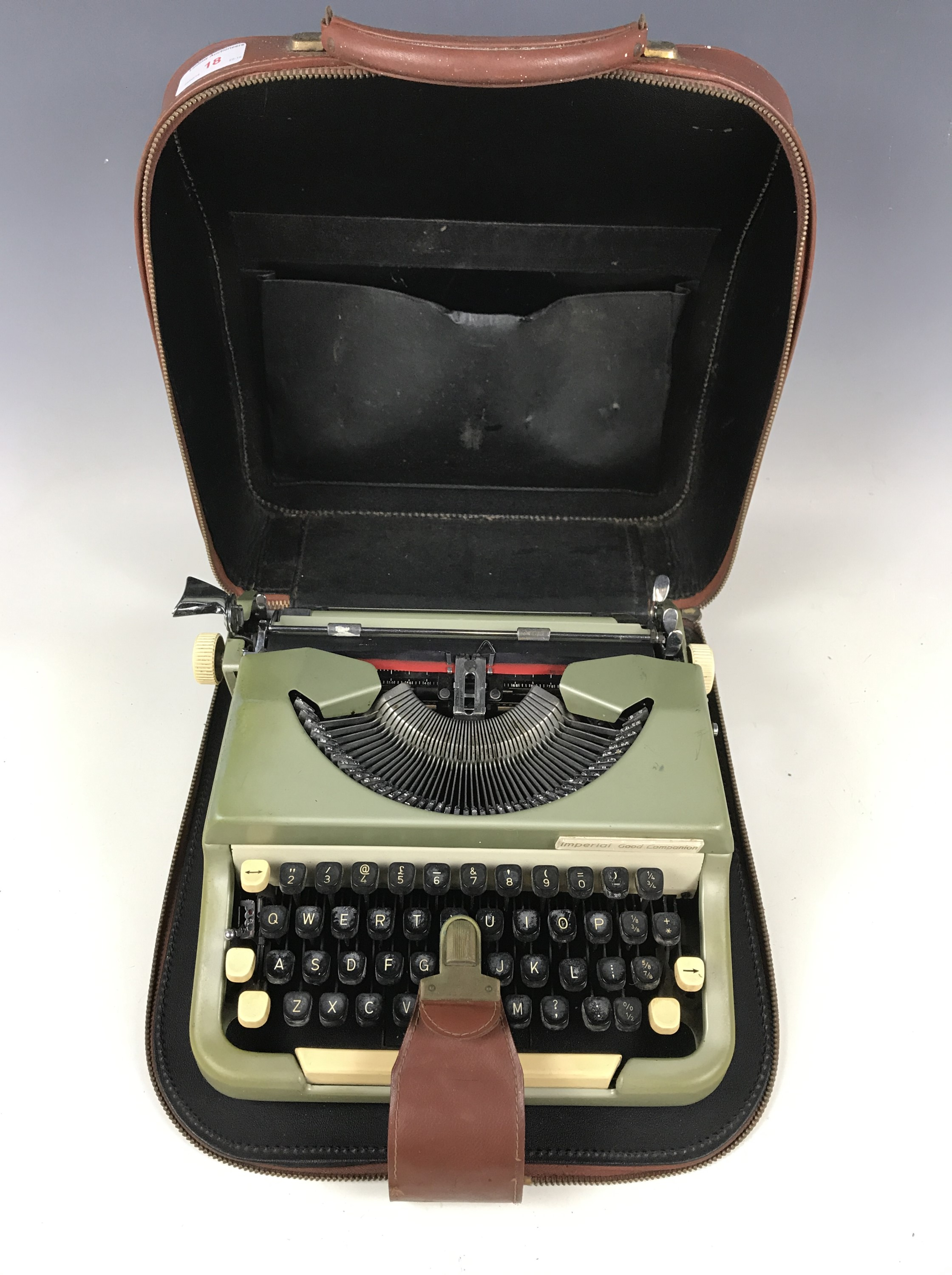 Lot 18 - An Imperial Good Companion typewriter