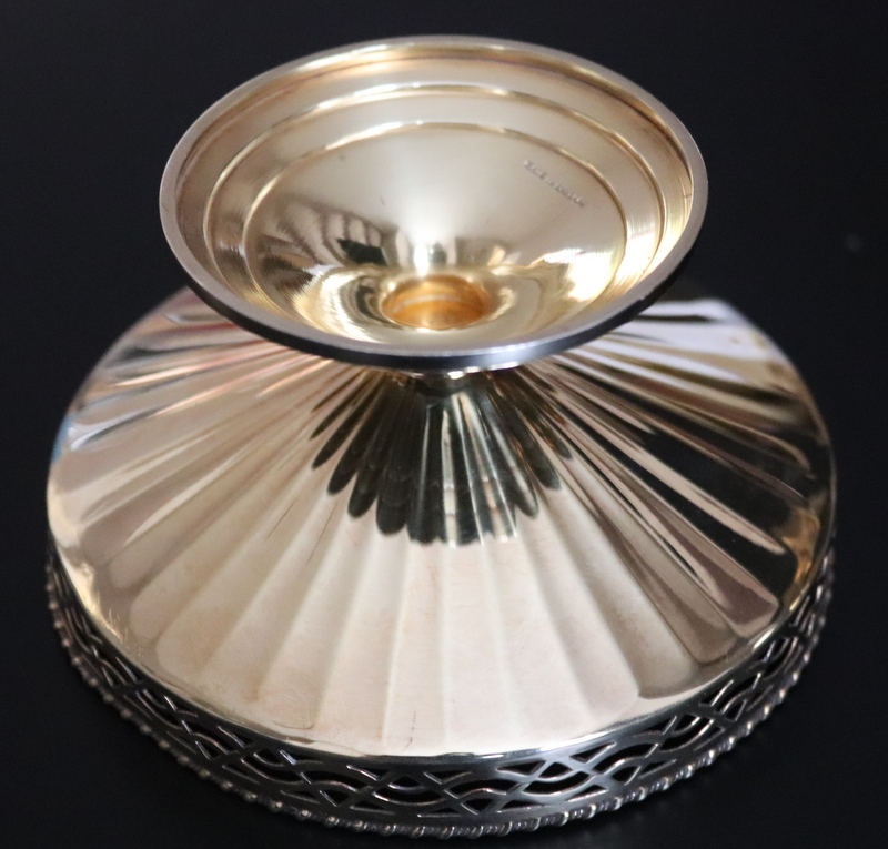 Lot 194 - Pair Of Silver Gilt Art Deco Bonbon Dishes With Pierced Gallery, Of faceted Form, Fully Hallmarked