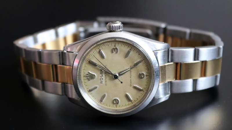 Lot 134a - 1943 Rolex Oyster Royal, Stainless Steel Case, Screw Back, Model Reference 6246, Serial Number 23481