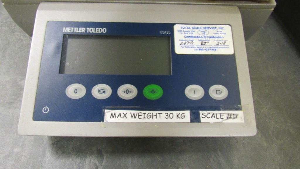 Mettler Toledo Scale - Image 2 of 3