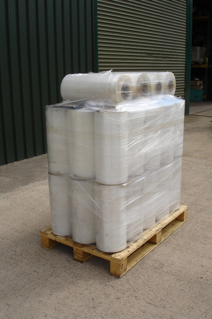 Lot 20 - 34 Rolls of Pallet wrap for pallet wrapping machine