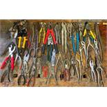 DESCRIPTION ASSORTED PLIERS & CUTTING HAND TOOLS AS SHOWN LOCATION BASEMENT THIS LOT IS ONE MONEY QU