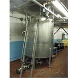 S.S. Holding tank 7ft x 6ft w/ 1 1/2 HP Lightnin Mixer / Rigging Fee: $350