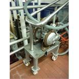 SandPiper Pnuematic Pump / Rigging Fee: $0