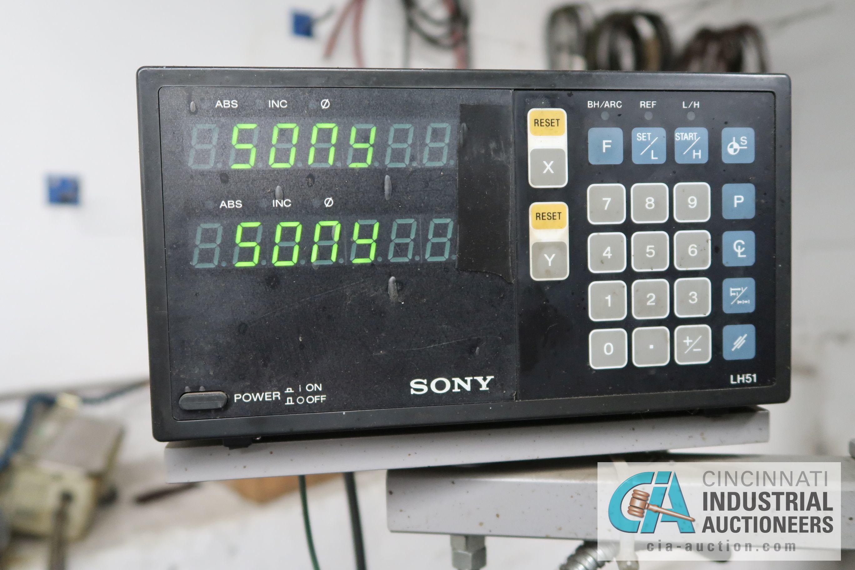 "2 HP CINCINNATI VERTICAL MILLING MACHINE; S/N 6J4V5L-155 WITH DRO, 10"" X 42"" POWER FEED TABLE - Image 5 of 8"