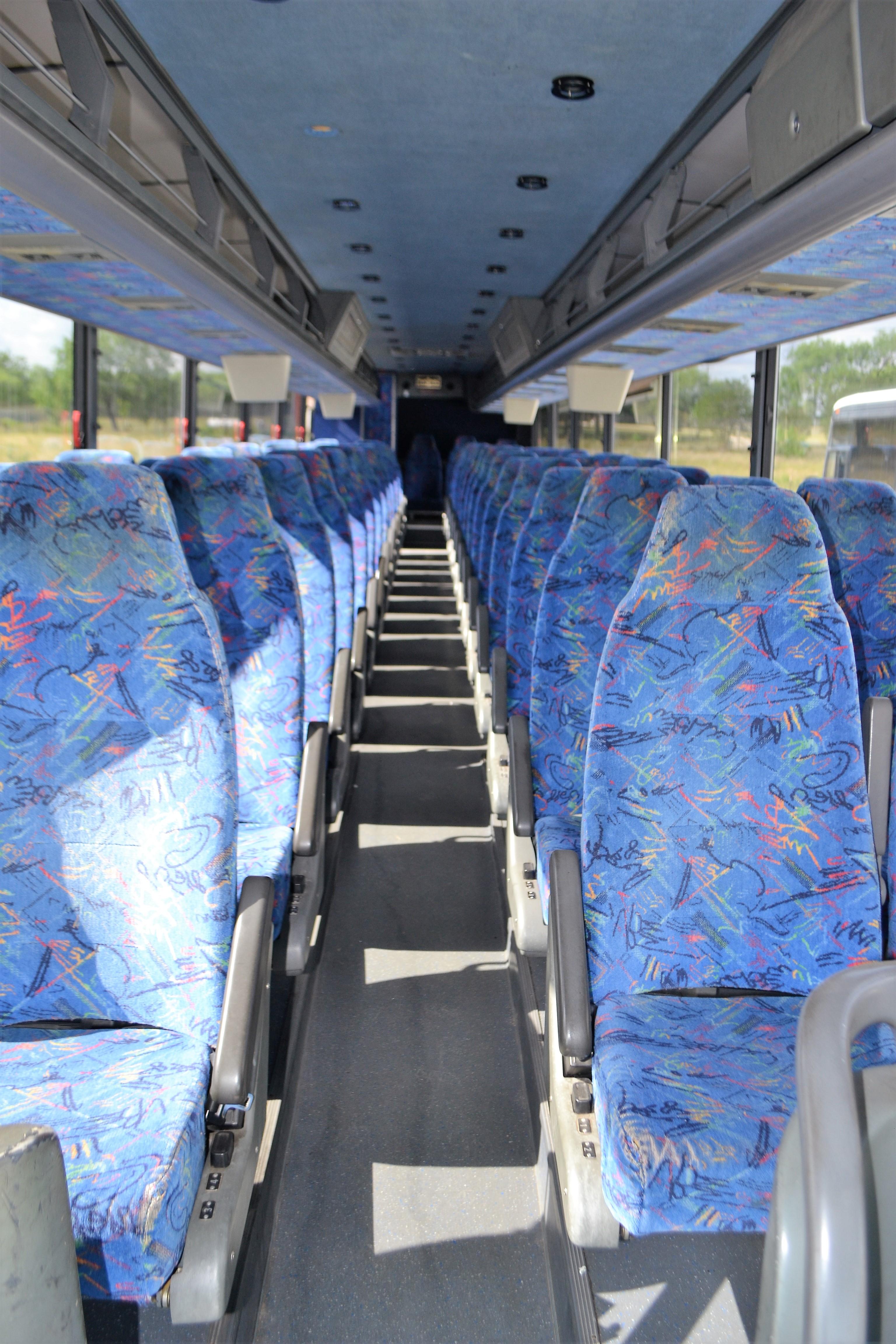 Lot 3 - 2004 Van Hool Commuter Bus # 557