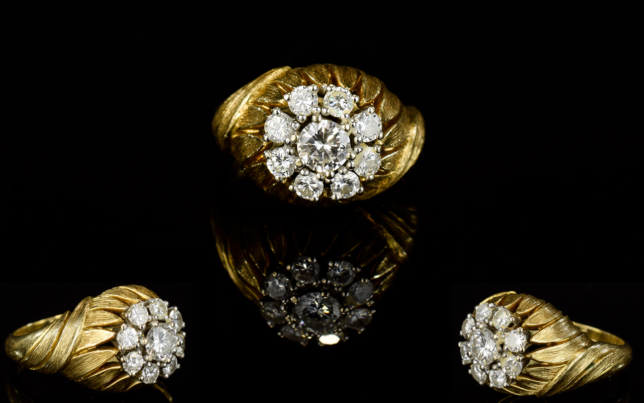 Lot 48 - 18ct Gold Diamond Cluster Ring Set With