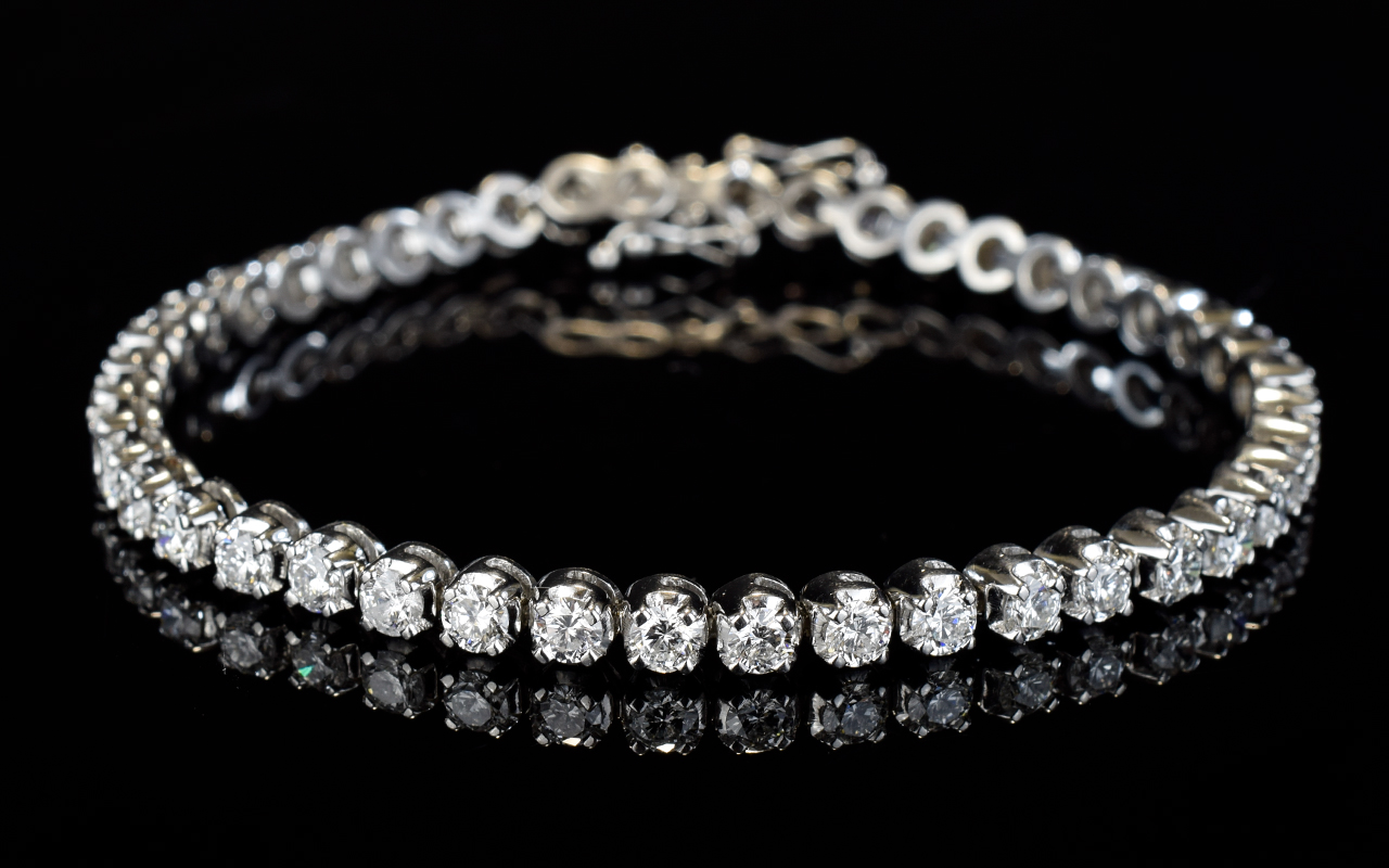 Lot 68 - 18ct White Gold Diamond Tennis Bracelet,
