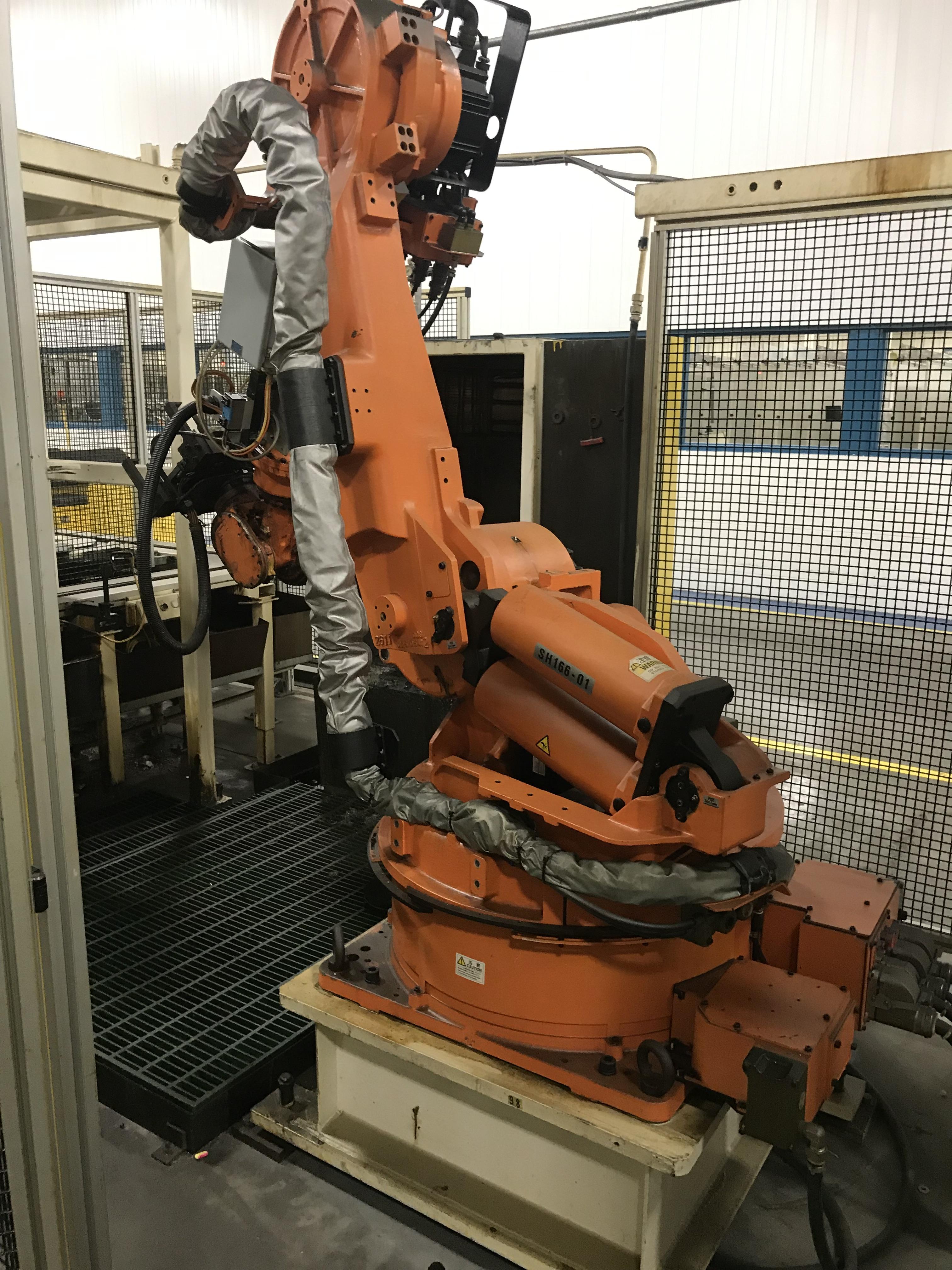Lot 141 - 2002 Nachi SH-166-01 Robot