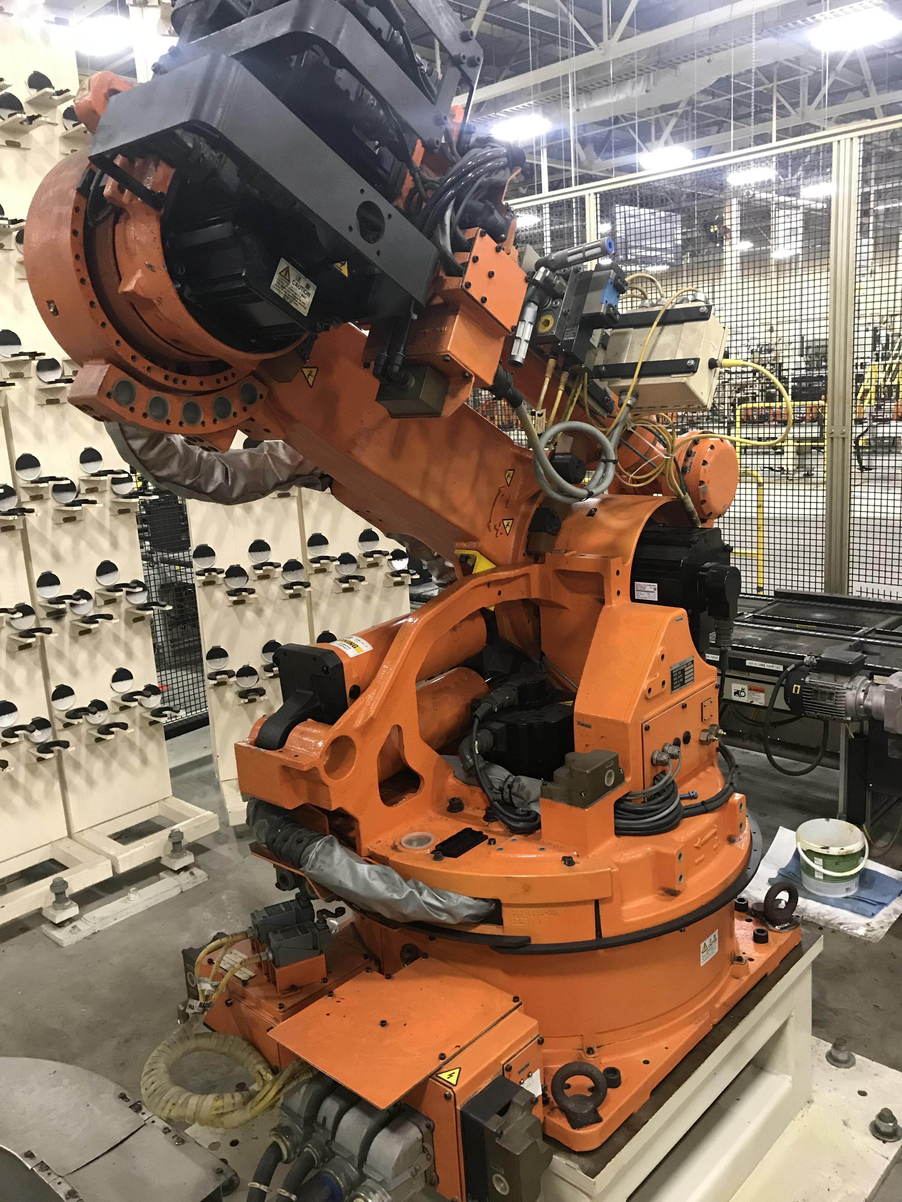 Lot 145 - 2002 Nachi SH-133-01 Robot