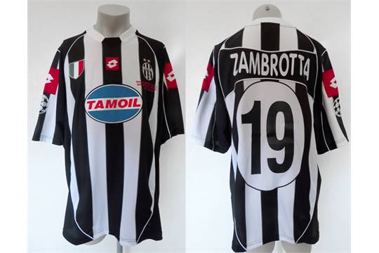 free shipping f0a76 3659f Gianluca Zambrotta: a black & white striped Juventus No.19 ...