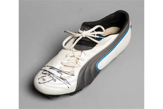 A Diego Maradona Signed Football Boot A Left Foot Puma King Exec Signed In Black Marker Pen