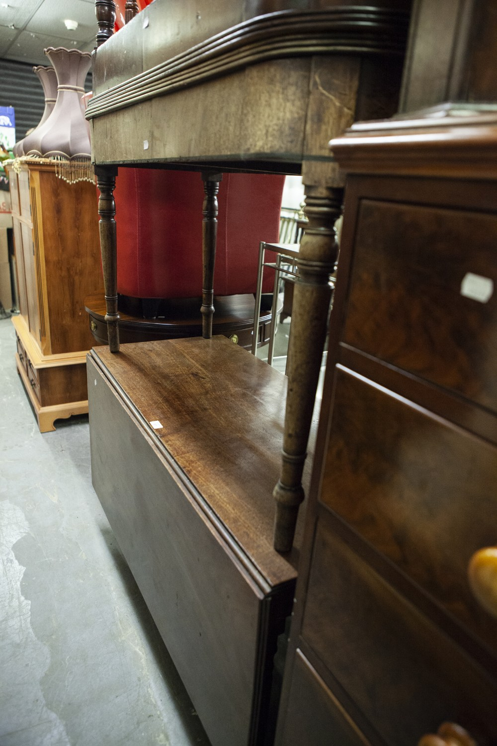 Lot 67 - GEORGE III MAHOGANY THREE PART DINING TABLE, DROP LEAF CENTRE TABLE AND THE TWO 'D' END LEAVES