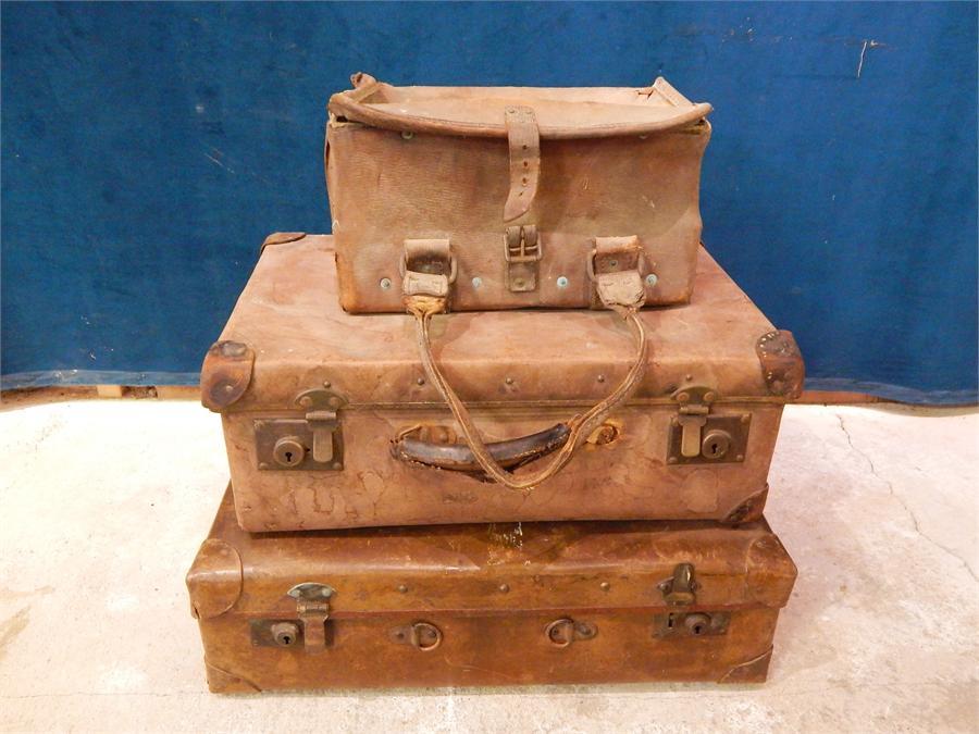 Lot 39 - 3 vintage leather cases -