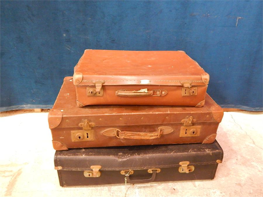 Lot 41 - 3 vintage leather suitcases