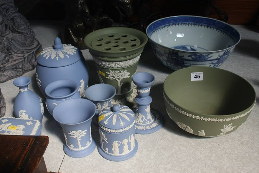 Lot 45 - A collection of Wedgwood Jasperware