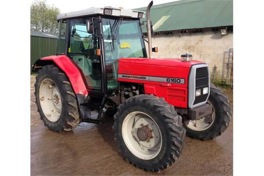 Massey Ferguson 6160 Dynashift Manual Shuttle Tractor  5900 Hrs, V5