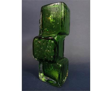 Geoffrey Baxter for Whitefriars Drunken Brick Layer vase in green, 21 cm high