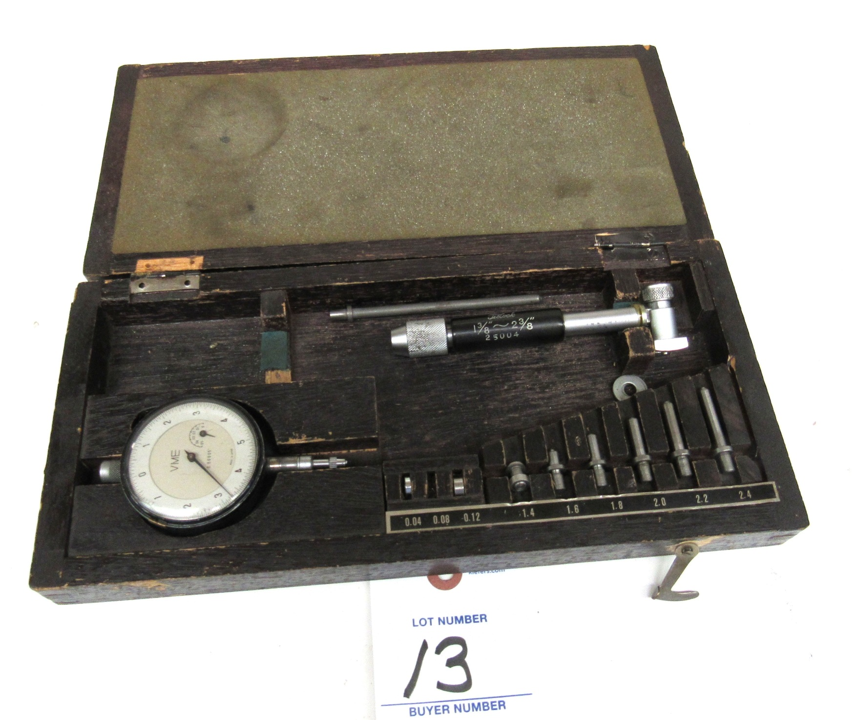 "Lot 13 - Teclock 1.375""-2.375"" Dial Bore Gage"