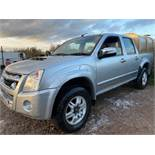 (Reserve Met)Isuzu Rodeo Denver 2.5 TD Double Cab Pick Up 2011 Model - SAVE 20% NO VAT