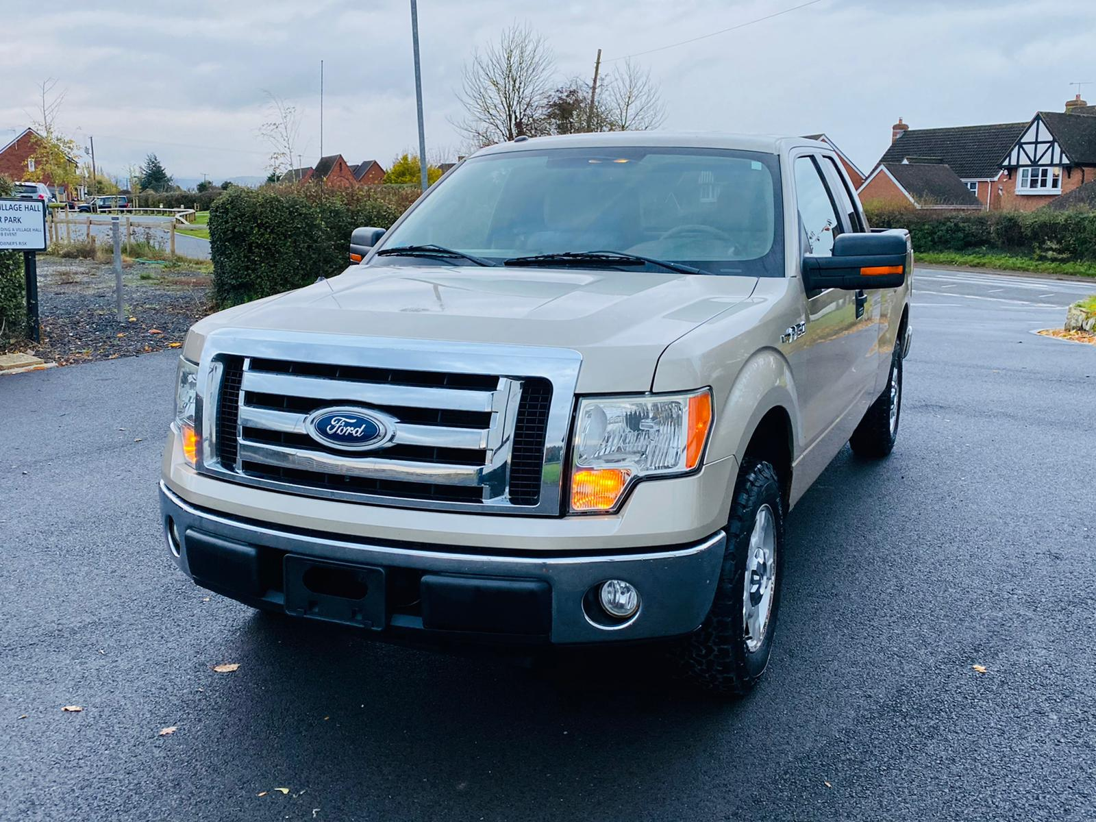 (RESERVE MET) Ford F-150 XLT 4.6L V8 Supercab - 2010 Year - 6 Seats - Fresh Imports - Image 10 of 39
