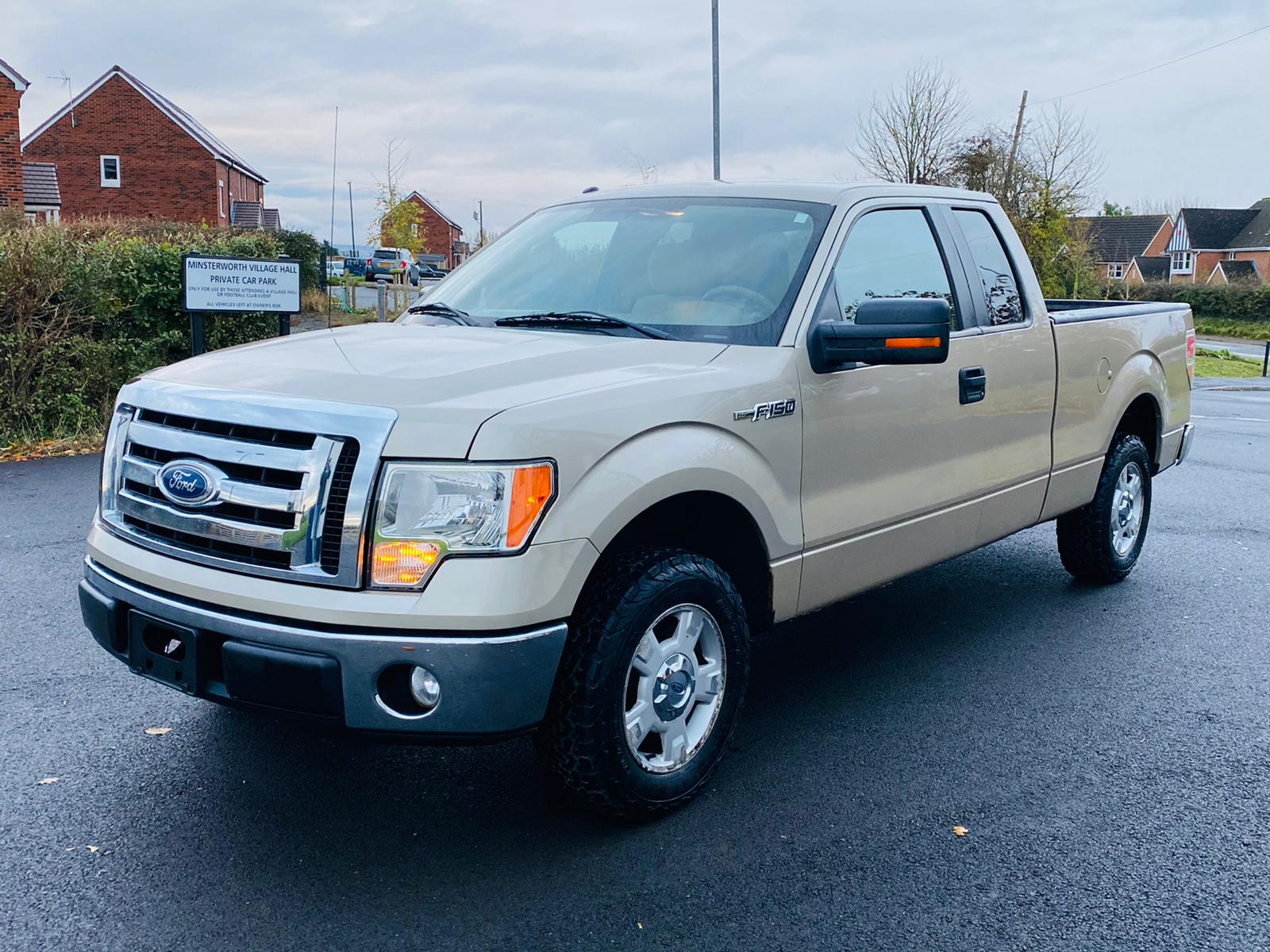 (RESERVE MET) Ford F-150 XLT 4.6L V8 Supercab - 2010 Year - 6 Seats - Fresh Imports - Image 3 of 39