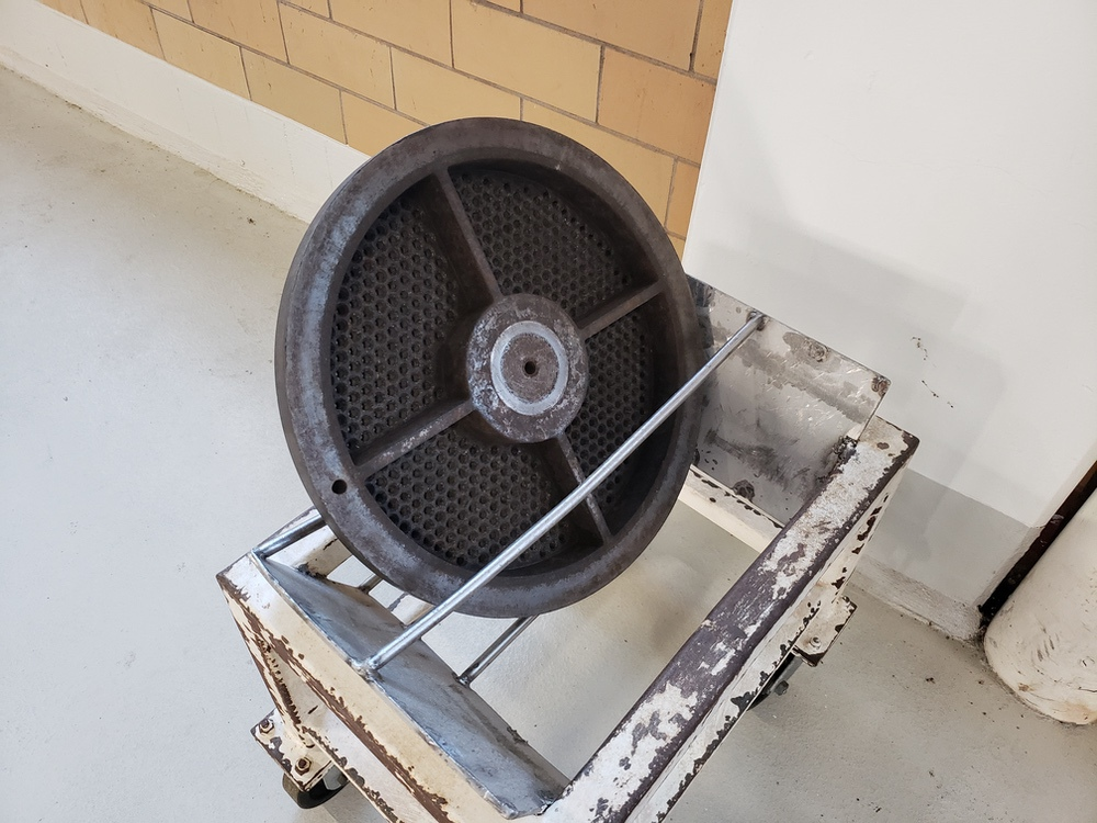 Bonnot Cooling Extruder, (No Screw, Parts Only) | Rig Fee: $4500 - Image 5 of 8