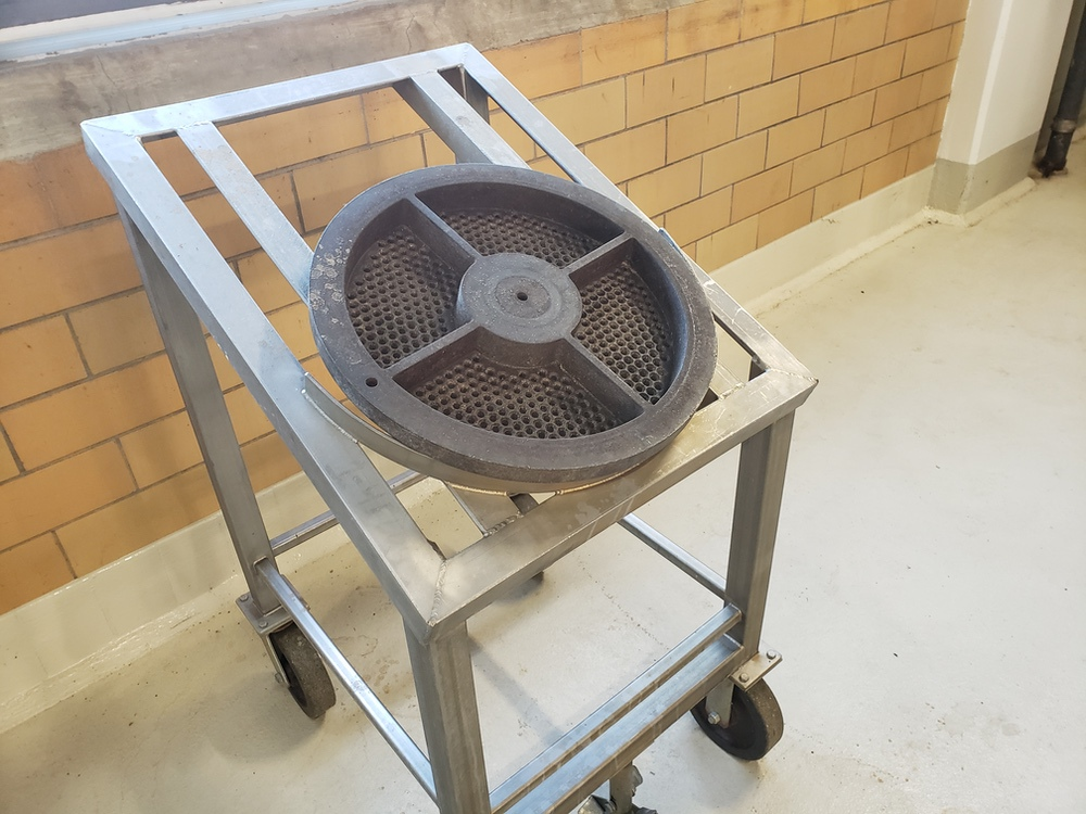Bonnot Cooling Extruder, (No Screw, Parts Only) | Rig Fee: $4500 - Image 4 of 8