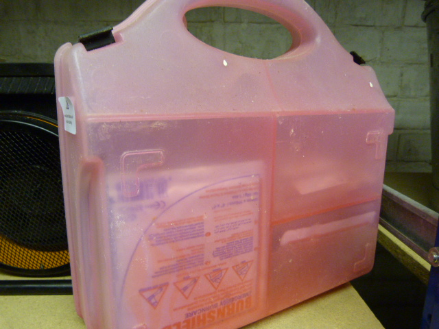 Lot 28 - *Electric Heater and a First Aid Kit