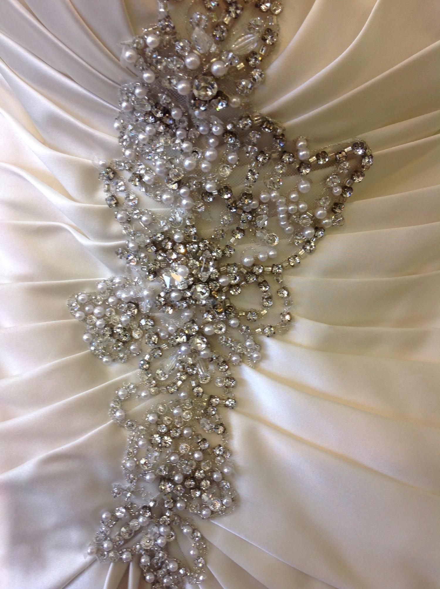 Lot 327 - (10) 4 x Maggie Sottero sample wedding gowns, total rrp £3050, size 14