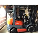 Toyota (42-6FGCU25) 5,000 lbs. cap LPG Forklift
