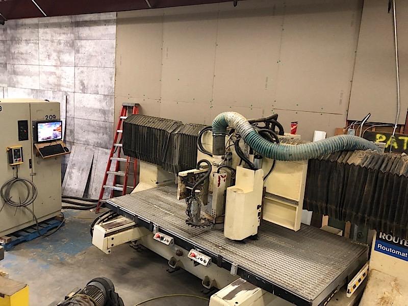 Lot 1 - SCM CNC ROUTER w/Vacuum Pump & Upgraded Computer