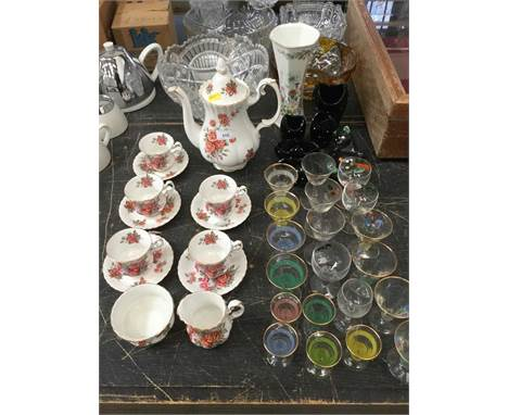 Royal Albert 'Centennial Rose' pattern teaware, together with a group of assorted glasswareCondition report: Royal Albert set