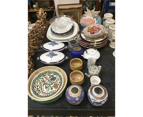 Large group of ceramics and glassware to include Chinese teapot and other oriental ceramics (qty)