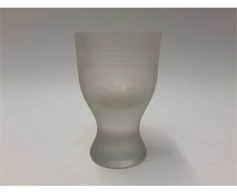 Good quality unusual studio glass goblet shape vase with acid etched and frosted design depicting the faces of a King and Que